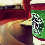 Starbucks: Παραδέχεται ότι αποθηκεύει κωδικούς από την εφαρμογή κινητών.