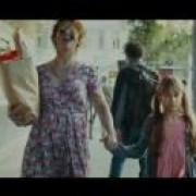 Ο αλκοολικός γονιός μέσα από τα μάτια ενός παιδιού (βίντεο)