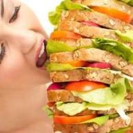 Πως να ξεχωρίσετε τη συναισθηματική από την πραγματική πείνα