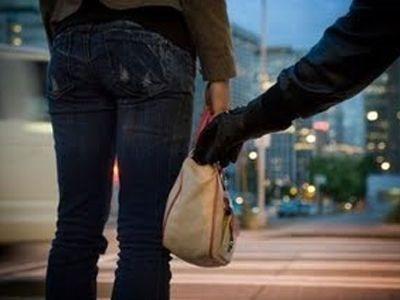 Σύλληψη 17χρονου στην Κοζάνη για κλοπή τσάντας
