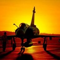 """""""Μάγκας"""" πιλότος σώζει Mirage 2000 με σβηστό κινητήρα!"""