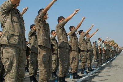 Τελετή ορκωμοσίας των Νεοσύλλεκτων Οπλιτών στο Στρατόπεδο ΄΄ ΛΓΟΥ ΚΑΡΑΧΑΛΙΟΥ ΄΄ και ομιλία του Αντιστράτηγου Δεβεντζή Νικόλαου Διοικητή Γ' ΣΣ