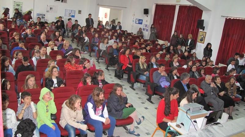 Εορτασμός της 25ης Μαρτίου στο 4ο Δημοτικό Σχολείο Γρεβενών (φωτορεπορτάζ)