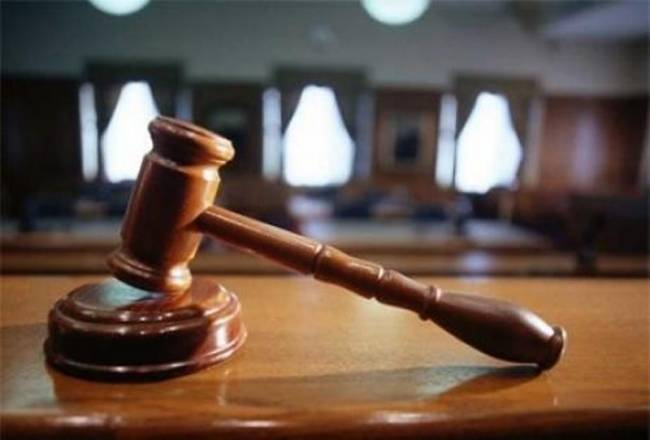 Το Πρωτοδικείο Γρεβενών δικαίωσε την εφημερίδα «Η ΦΩΝΗ ΤΩΝ ΓΡΕΒΕΝΩΝ» και τον «ΕΒΔΟΜΑΔΙΑΙΟ ΛΟΓΟ» σε βάρος του Δημάρχου Γρεβενών κ .Δ.Κουπτσίδη. Τι λένε οι αποφάσεις. Πρόστιμο 600 ευρώ για κάθε παράβαση. Γιατί δικάστηκε ο Δήμαρχος Γρεβενών.