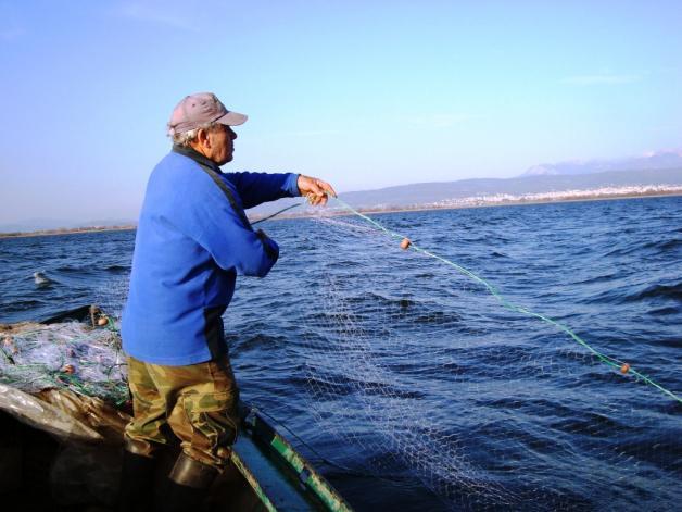 Τέλος οι ερασιτεχνικές άδειες αλιείας!