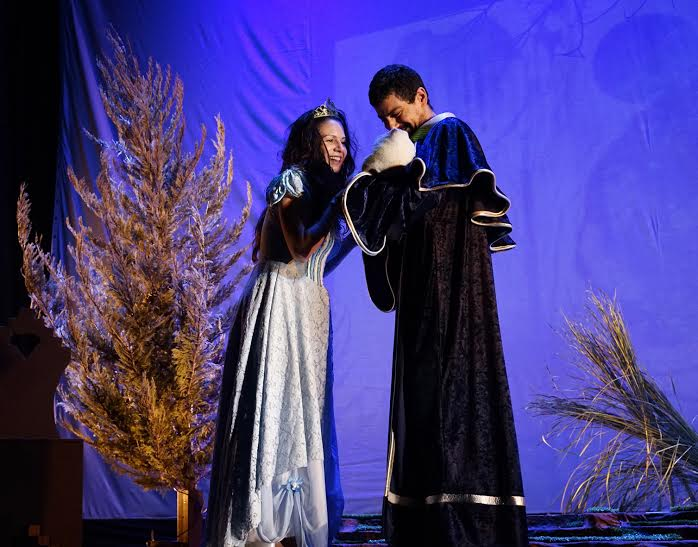 Τα παραμύθια των Αδελφών Γκριμμ … την Πέμπτη στο Υπαίθριο Θέατρο Καστράκι