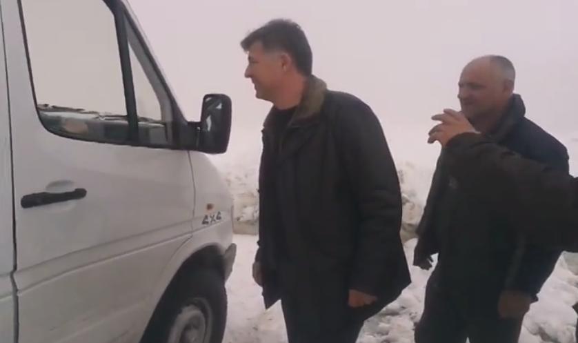 video: Aποχιονισμός του ορεινού δικτύου Γρεβενών