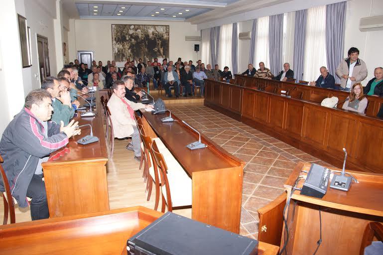 Συνάντηση με το συμβούλιο της Δημοτικής Κοινότητας ,τα συμβούλια και τους εκπροσώπους των τοπικών κοινοτήτων του Δήμου Γρεβενών πραγματοποίησε  ο Δήμαρχος Γρεβενών κ. Γιώργος Δασταμάνης