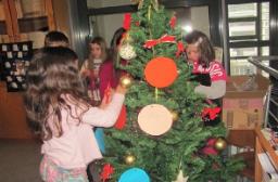 Χριστουγεννιάτικες δράσεις από την τετάρτη τάξη του 6ου δημοτικού σχολείου  Γρεβενών