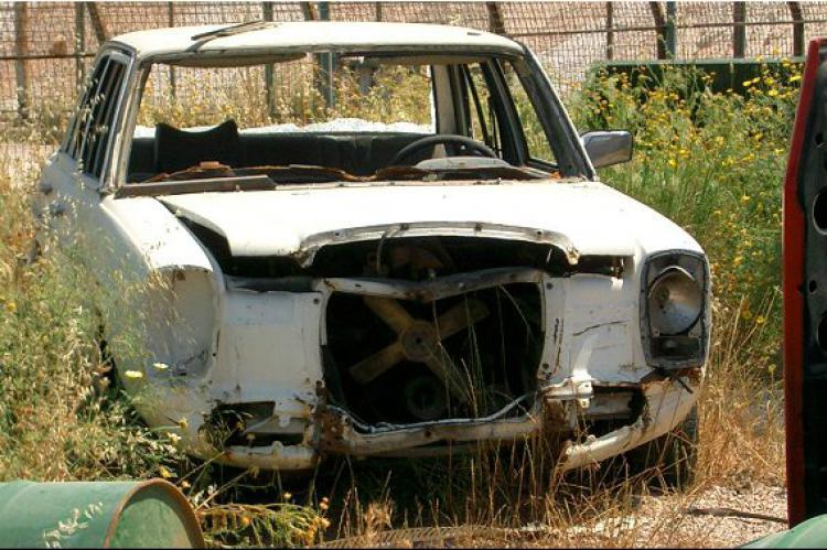 Δήμος Γρεβενών: Περισυλλογή εγκαταλελειμμένων οχημάτων