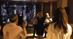 H ζεμπεκιά της Ραχήλ Μακρή (Πριγκηπέσα) στο χορό του Μακεδονικού Κοζάνης (Βίντεο)