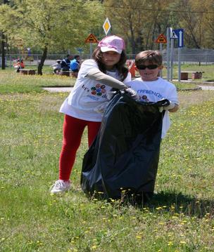 Την περασμένη Κυριακή οι εθελοντές ομόρφυναν την πόλη μας!
