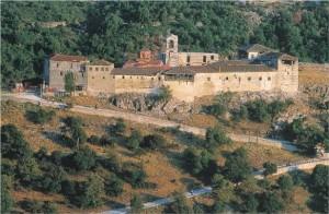 Αυτοί  οι Ιερομόναχοι επιθυμούν να μονάσουν στο Μοναστήρι της Ζάβορδας Γρεβενών. Έτσι θα ζωντανέψει το Θρησκευτικό και Ιστορικό Κέντρο των Γρεβενών.