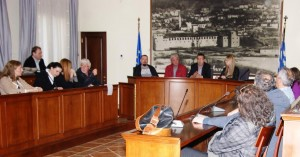 """Με επιτυχία πραγματοποιήθηκε στην Αίθουσα του Δημοτικού Συμβουλίου Γρεβενών η πρώτη συνάντηση εθελοντών, φορέων και συλλόγων για την υλοποίηση της δράσης """"Let's do it Greece 2015"""""""