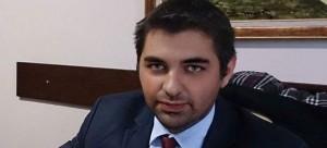 Πέθανε ξαφνικά στα 32 του ο γιος του Περιφερειάρχη Ανατολικής Μακεδονίας – Θράκης με καταγωγή απο το Φελλί Γρεβενών