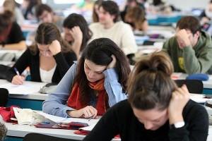 Κατατέθηκε στη βουλή το νομοσχέδιο με τα «επείγοντα μέτρα» για την εκπαίδευση – Νέο εξεταστικό σύστημα των Πανελληνίων