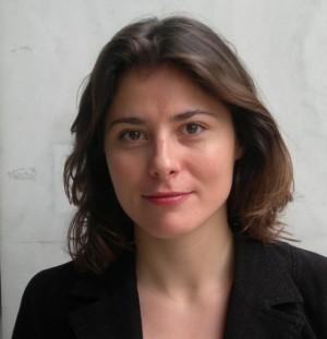 Η σύζυγος του Πρωθυπουργού Μπέτυ Μπαζιάνα θα διδάσκει στο Πανεπιστήμιο Δυτικής Μακεδονίας