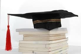 """""""Μπλούρειο Ίδρυμα Υποτροφιών"""": Υποτροφία σε δύο πρωτοετείς φοιτητές, ή φοιτήτριες"""