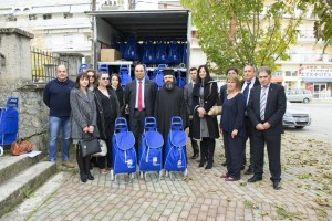 Η ALPHA BANK  δίνει ΄΄Χέρι βοηθείας΄΄  μέσω της Ιεράς  Μητρόπολης Γρεβενών