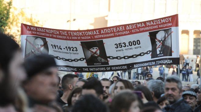 'Στα ξένα είμαι Έλληνας και στην Ελλάδα ξένος'…