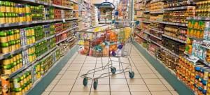 Το εισόδημα συρρικνώνεται, οι τιμές των προϊόντων αντιστέκονται