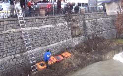 Οι πάπιες και οι χήνες στον Γρεβενίτη (βίντεο)