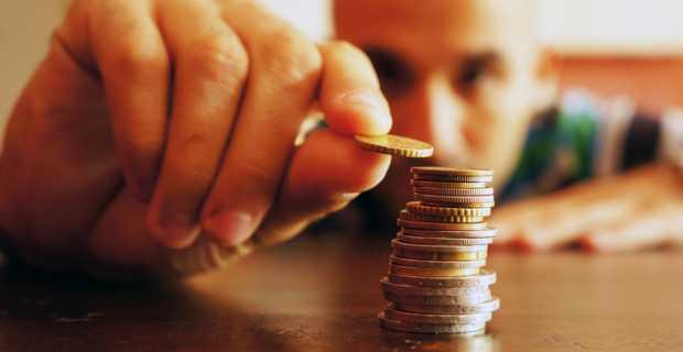 Ξεκινούν οι αιτήσεις για το Ελάχιστο Εγγυημένο Εισόδημα – Θα αλλάξει όνομα και θα εφαρμοσθεί σε 30 δήμους