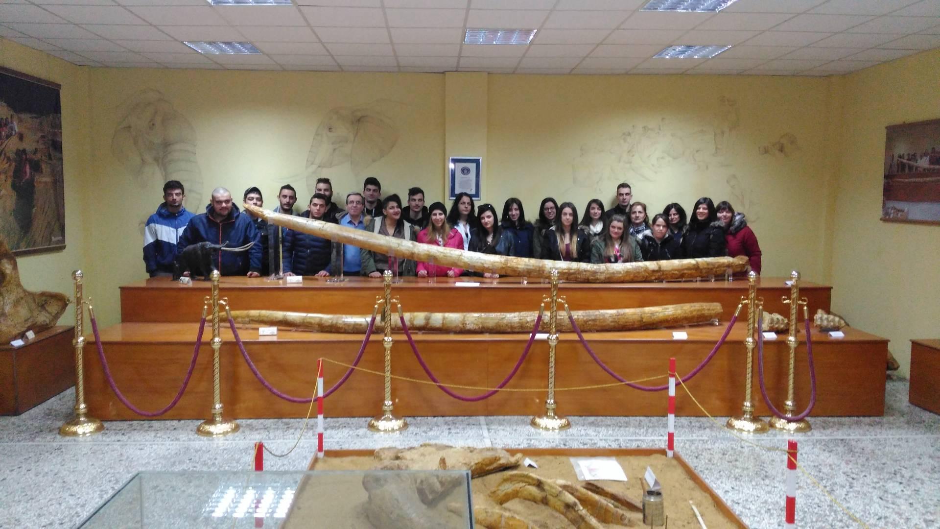 Ευχαριστήριο των μαθητών του ΙΕΚ Γρεβενών