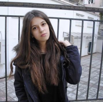 Η 18χρονη από τα Γιάννενα που έλιωσε το διαδίκτυο -Τα 3 χειρουργεία και το μήνυμα αγάπης [βίντεο]