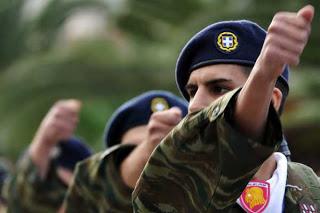 Στο Στρατό περνά η διαχείριση της προσφυγικής κρίσης
