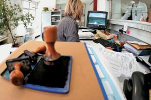 Οι 9 σαρωτικές αλλαγές για 80.000 δημοτικούς υπαλλήλους