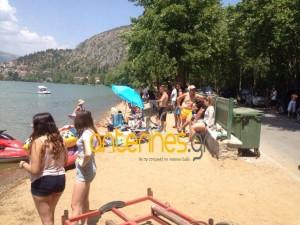 Tο πρώτο beach party στην πλαζ της λίμνης της Καστοριάς