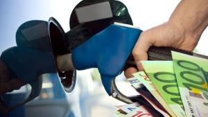 Ένα στα τρία πρατήρια καυσίμων κλέβει τους καταναλωτές