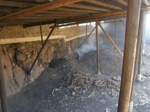 Ιωάννης Παπαλάμπρος: Ο τελευταίος καρβουνιάρης των Γρεβενών – Διατηρεί ένα από τα μοναδικά παραδοσιακά καμίνια της Δυτικής Μακεδονίας !!!