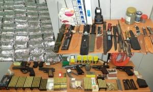 Συλλήψεις για όπλα, ναρκωτικά, βεγγαλικά και λαθρεμπόριο