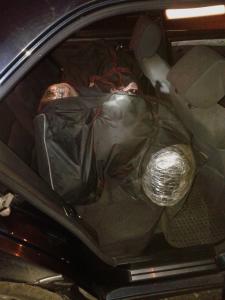 Σύλληψη αλλοδαπού σε περιοχή της Καστοριάς για κατοχή και μεταφορά 64 κιλών και 150 γραμμαρίων ακατέργαστης κάνναβης