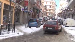 Τι λένε οι πολίτες των Γρεβενών για τις πολικές θερμοκρασίες (βίντεο)