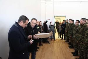 Οι πρώτοι 93 δόκιμοι πυροσβέστες στην Πυροσβεστική Σχολή στην Πτολεμαϊδα. Τους υποδέχτηκε σήμερα το πρωί ο περιφερειάρχης Δυτικής Μακεδονίας Θ. Καρυπίδης (φωτογραφίες)