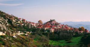 Άγνωστοι διαρρήκτες αφαίρεσαν τις εισπράξεις από το παγκάριστον Ιερό Ναό Άγιου Αθανασίου στο Σπήλαιο Γρεβενών