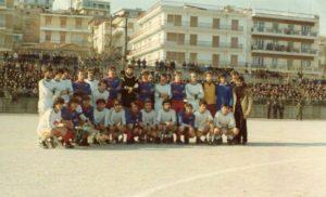 Δευτέρα 13 Μαρτίου: Πυρσός Γρεβενών 1971-2007: Οι αγώνες, οι συνθέσεις, οι βαθμολογίες και τα γκολ. Σήμερα το  διοικητικό συμβούλιο του ΠΥΡΣΟΥ περιόδου 1985-1986