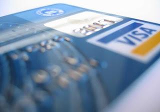 Κοινωνικό Εισόδημα Αλληλεγγύης: Τι πρέπει να ξέρουν οι δικαιούχοι για τις κάρτες