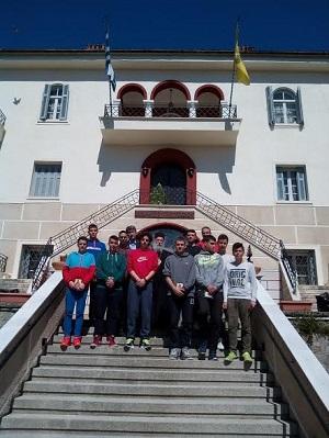 Η ομάδα Παίδων Κεραυνού Αγίου Γεωργίου Γρεβενών επισκέφθηκε τον Σεβασμιώτατο Μητροπολίτη Γρεβενών κ. Δαβίδ