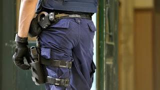 Το 3% των αστυνομικών ακατάλληλο να φέρει όπλο