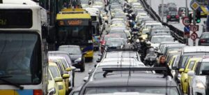 Ανασφάλιστα το 13-14% των οχημάτων που κυκλοφορούν στους ελληνικούς δρόμους