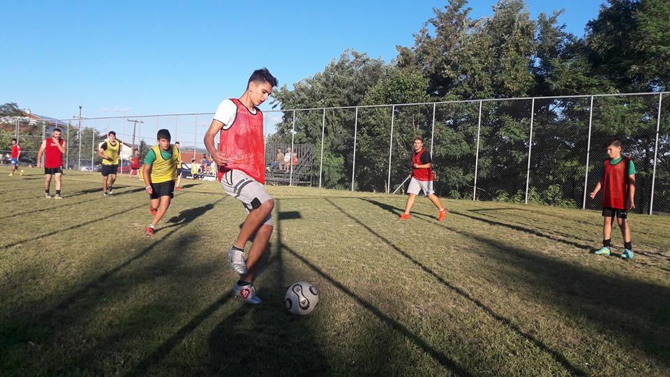 Φιλοπροοδευτικός Σύλλογος Μυρσίνης: Αγώνας 5χ5 στο γήπεδο της Μυρσίνης με την συμμετοχή  μικρών παιδιών και ενηλίκων (φωτογραφίες)