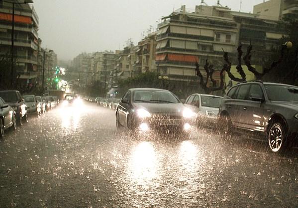 Ερχεται η «Κίρκη»: Καταιγίδες, χαλαζοπτώσεις και ισχυροί άνεμοι -Πού θα χτυπήσουν τα φαινόμενα