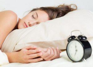 Ξυπνάτε πριν χτυπήσει το ξυπνητήρι; Διαβάστε γιατί