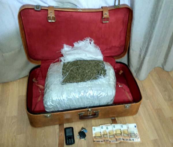 Καστοριά: Σύλληψη 45χρονου με 9 κιλά κάνναβης (φωτογραφία)