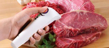 Έξυπνο γκάτζετ σας δείχνει αν το κρέας είναι φρέσκο!