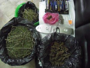 Συνελήφθησαν 2 άτομα σε περιοχή των Γρεβενών για διακίνηση ακατέργαστης κάνναβης βάρους πάνω από -9,5- κιλά